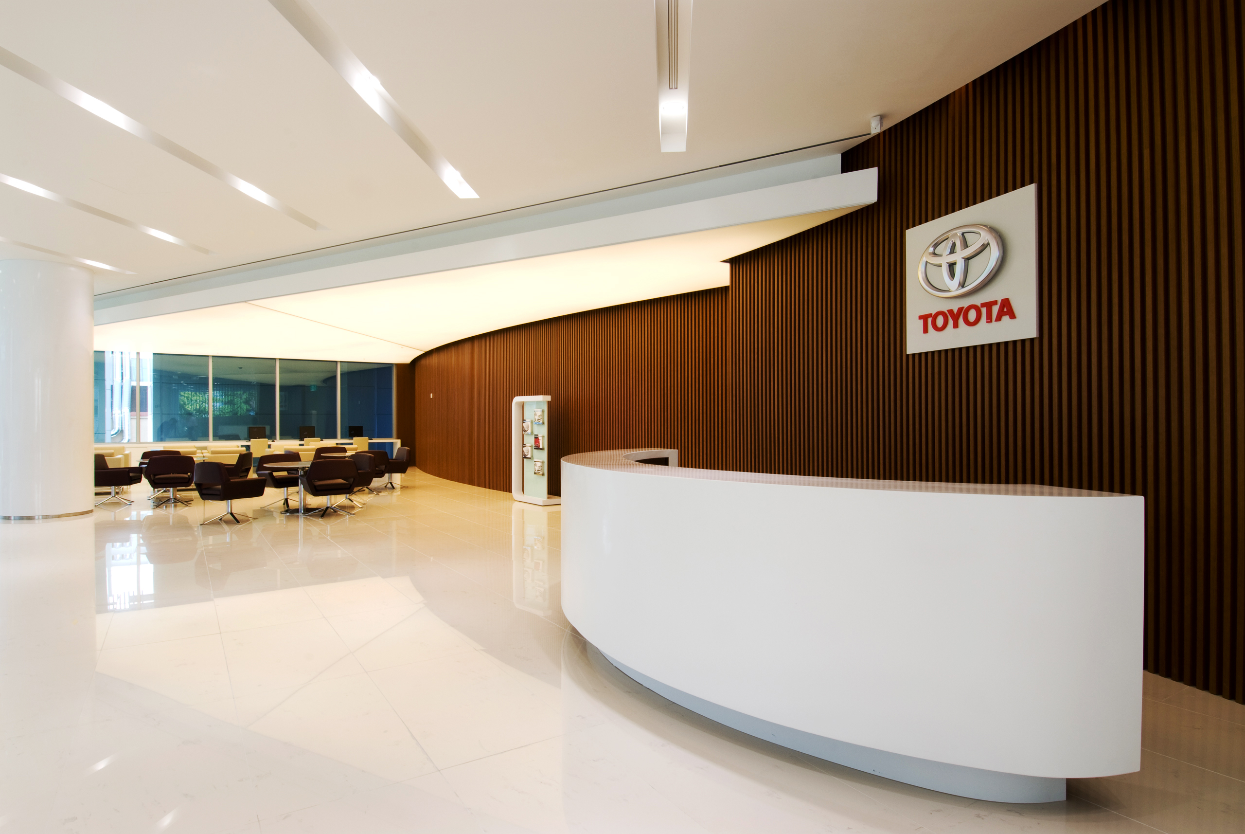 Kelebihan Showroom Toyota Top Model Tahun Ini